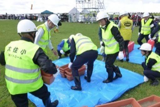 自主防災会による簡易水防訓練